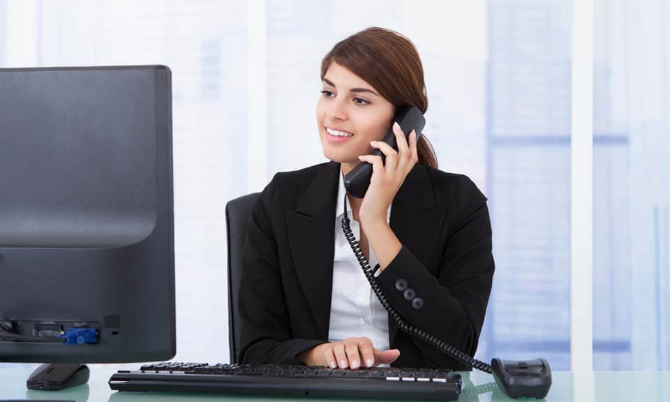hotel receptionist cover letter uk Receptionist maidstone £8 an hour i am looking for an experienced receptionist to work on an ad-hoc basis for our maidstone based clients this is a general and typical reception role involving meeting and greeting, answering the phone, acting as gatekeeper and generally offering a first class front of house service.